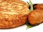 Mashed Potato Omelette Recipe : আলু ও ডিম দিয়ে বানিয়ে ফেলুন চটজলদি এই সুস্বাদু রেসিপিটি!