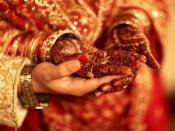 বিয়ের পর এই অভ্যাসগুলি অবশ্যই ত্যাগ করুন, নাহলে সম্পর্ক নষ্ট হতে পারে