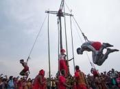 Charak Puja 2021 : চৈত্র সংক্রান্তিতে উদযাপিত হয় চড়ক পুজো, জেনে নিন এর ইতিহাস