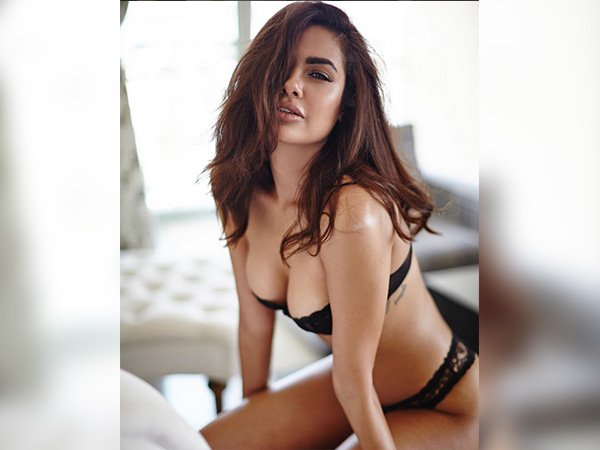 Esha Gupta Lingerie Shoot