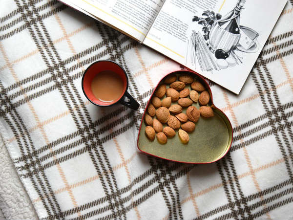 Benefits Of Soaked Almonds For Skin Hair And Health