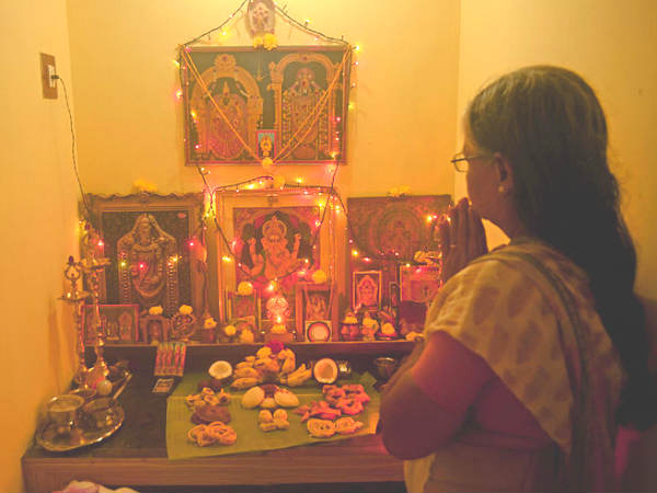 Here Is Why Setting Up Standing Idols Of Gods And Goddesses In Puja Room Is Not Advised In Shastra