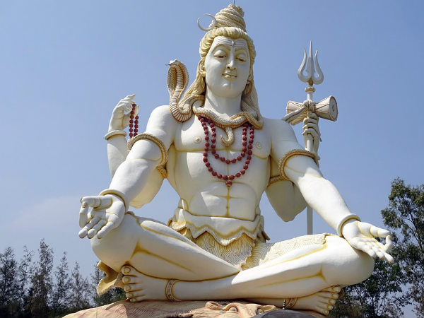 6 Types Of Leaves Offered To Lord Shiva That Will Yield Desirable Results