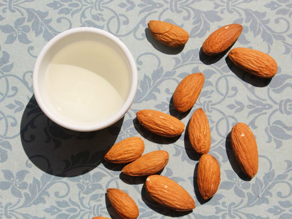 Interesting Beauty Recipes For Almond Face Packs