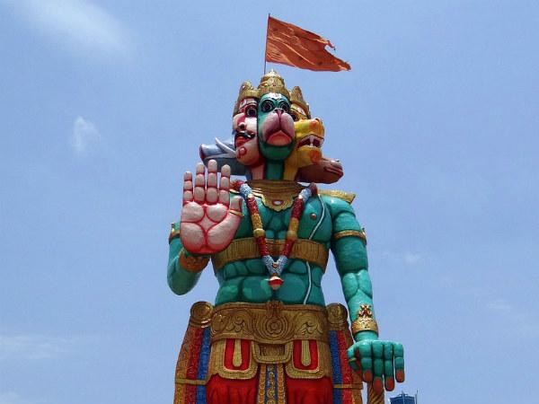 Great Benefits Of Keeping Panchmukhi Hanumanji Idol At Home