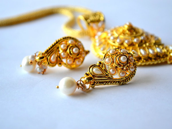 Astrological Benefits Of Wearing Gold Earrings And Ring