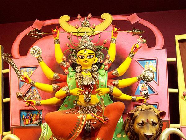 দুগ্গা পুজো ২০১৮: পুজোর চারদিন মায়ের পুজো করলে কী কী উপকার মিলতে পারে জানা আছে?