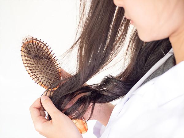 Ways To Stop Hair Loss Naturally
