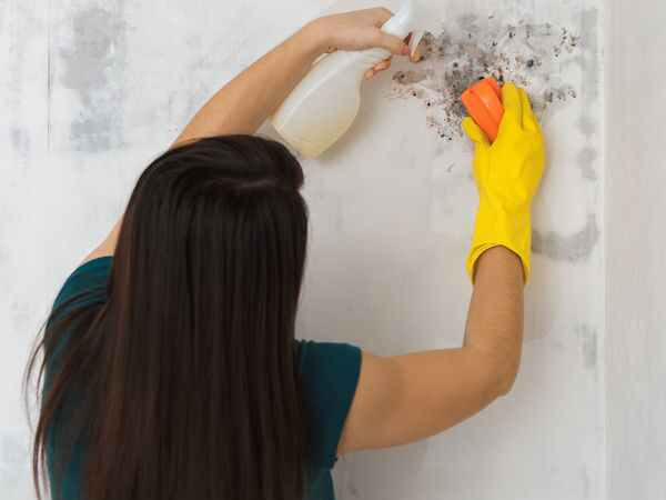 How To Remove Oil Stains From A Wall