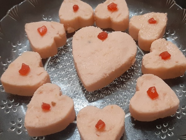 Strawberry Sandesh Recipe