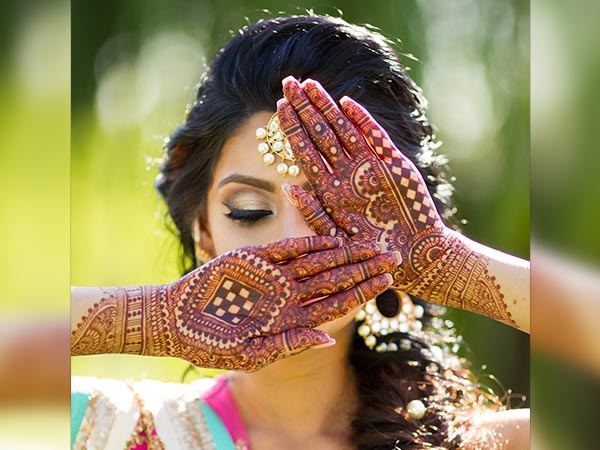 Easy Ways To Get Rid Of Fading Mehendi