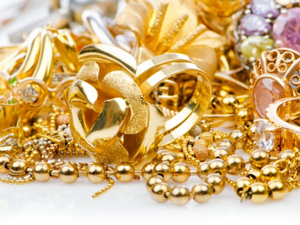 How To Protect Your Precious Jewellery During Monsoon
