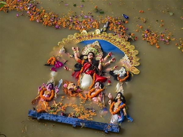 বিজয়া দশমী : এবার উমার বিদায়ের পালা, জেনে নিন দশমীর নির্ঘণ্ট