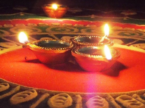 Diwali 2021 : দীপাবলির দিন এই সময় করুন লক্ষ্মীপুজো, সৌভাগ্য বৃদ্ধি পাবে