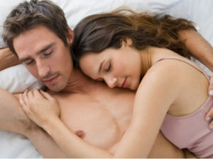 Why Sleeping Separately Is Bad For Your Relationship