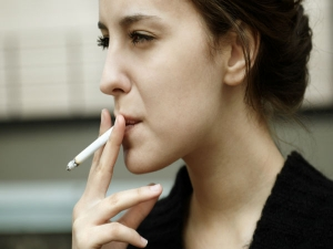 These Ways Smoking Ruins Your Looks