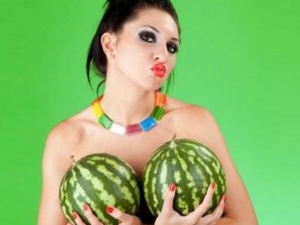 Natural Foods Healthy Breasts Every Woman Should Eat
