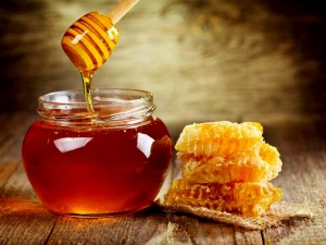 Six Benefits Of Raw Honey For Our Health