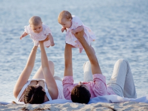 Caring For Twin Babies Parenting Tips