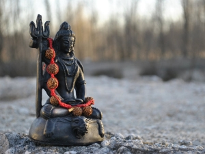 How To Worship Lord Shiva Tips To Follow