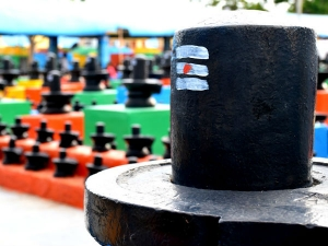 Why We Give Water And Milk To Shivlingam