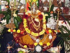 Varalakshmi Puja 2019 Date Time And Significance
