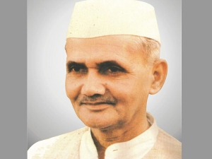 Lal Bahadur Shastri S Birth Anniversary Some Facts About Him