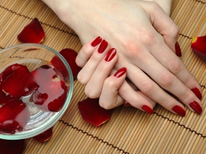 How To Do A Gel Manicure At Home