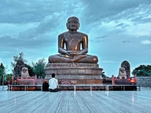 Mahavir Jayanti Date History And Significance