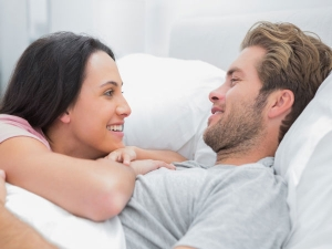Ways To Wake Up Your Partner In The Morning