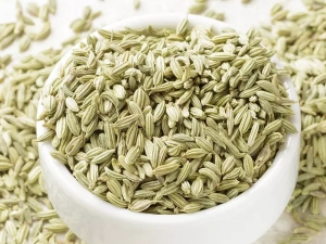 Use Saunf Fennel Seeds For Glowing Skin