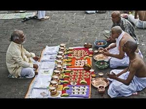 Pitru Paksha 2020 Shraddha Paksha Dates Sanyog Rituals In Bengali