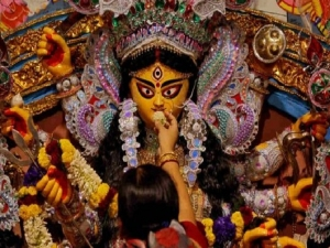 Chant These Powerful Durga Mantras For End Of Corona Pandemic