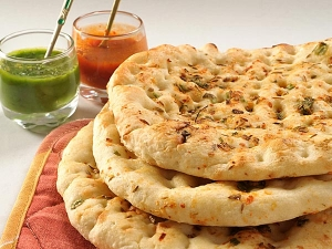 Chicken Keema Kulcha Recipe