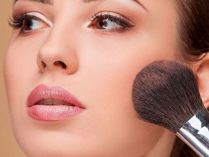 Powder Blush Vs Cream Blush Which One Is Better For Your Skin
