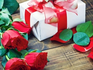 Valentine S Day 2021 Gift Ideas To Surprise Your Partner