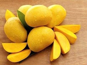 Amazing Skin Benefits Of Mango In Bengali