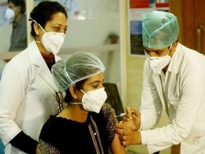 Coronavirus Vaccine Is It Safe To Take The Covid 19 Vaccine During Menstruation