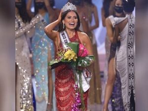 Miss Universe 2020 Winner Miss Mexico Andrea Meza Crowned As The Winner