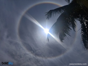 Sun Halo What Is It What Causes It And All You Need To Know About Rainbow Ring Around Sun In Bengali