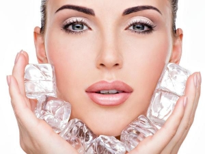 Beauty Benefits Of Using Ice Cubes On The Skin