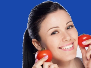 Benefits Of Applying Tomato On Your Face In Bengali