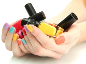 Tips To Make Your Nail Paint Last Longer In Bengali